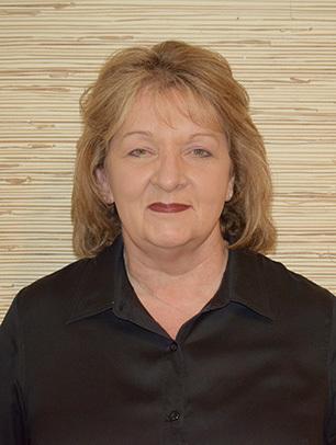 Lois  Crum